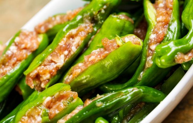 How to make Chinese Cantonese Stuffed Peppers with Fish